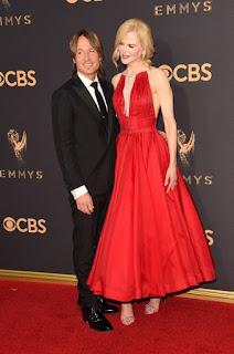 Meus looks favoritos da Emmy 2017