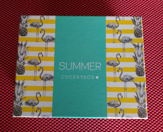cherrybox συνδρομητικό κουτί καλοκαιριού