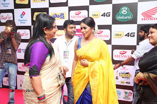 Actress Poorna Pictures in Yellow Saree at Mirchi Music Awards South 2015  0106