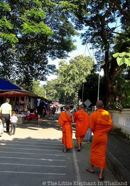 3 Monks in Nan - Thailand