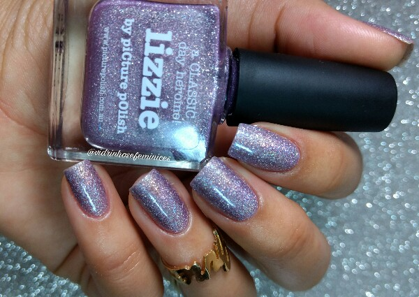 Lizzie by Picture polish luz artificial