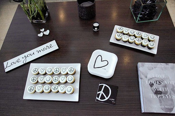 Peace Love World Style By Lynsee Fashion Blogger Halle Berry Jennifer Lopez