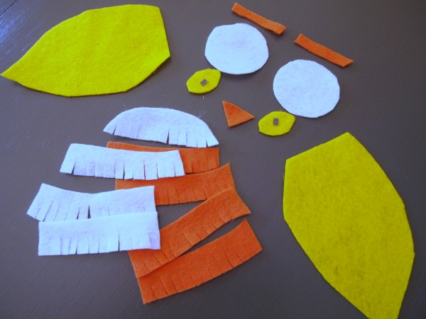 All the felt pieces you'll need to create your own Candy Corn Owl!