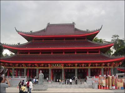 http://www.visitsemarang.com/artikel/klenteng-sam-po-kong
