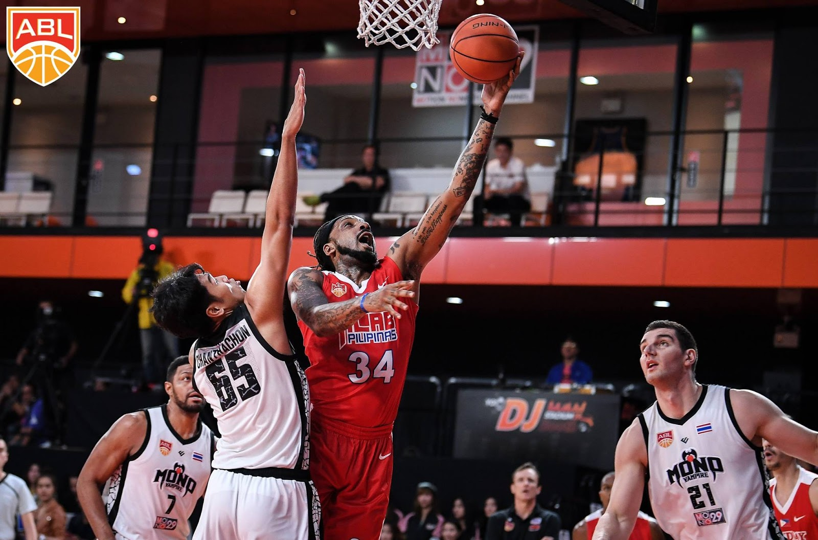 Alab Pilipinas survives Mono Vampire Thailand to extend its winning streak to 6