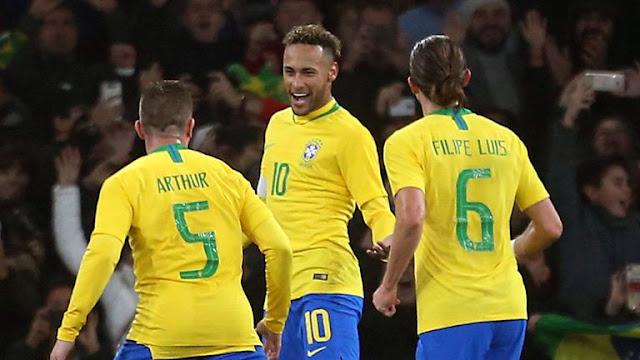Neymar Jr Celebrates Uruguay 0 - 1  Brazil