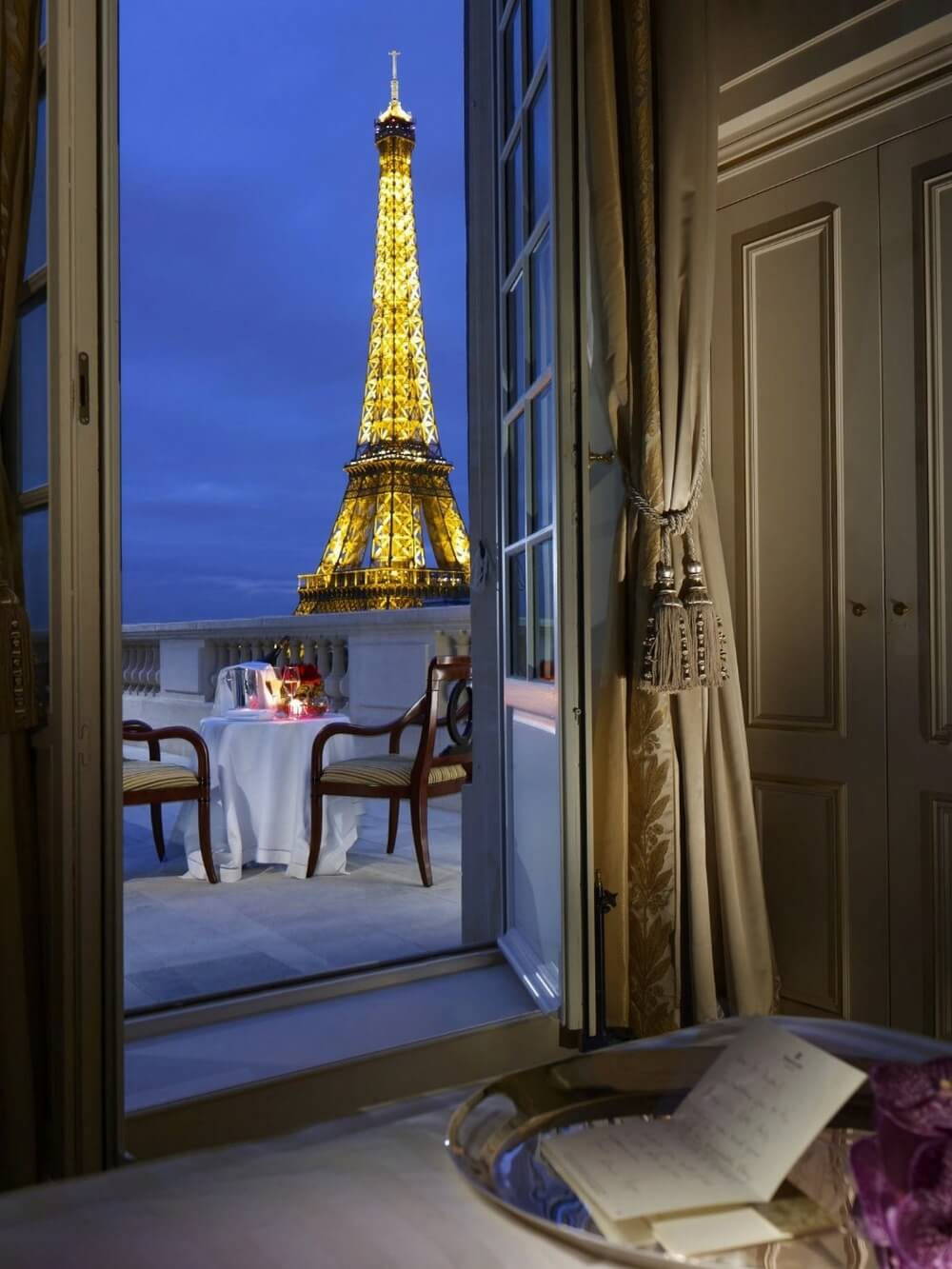 22 Stunning Hotels That Will Make You Want to Book Your Next Trip NOW! - Shangri La, France