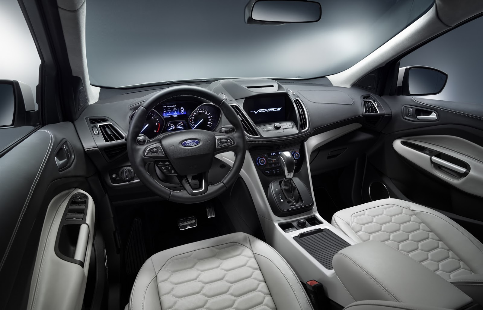 2015 - [Ford] Kuga/Escape Restylé - Page 4 Ford-Kuga-Vignale-Geneva-04