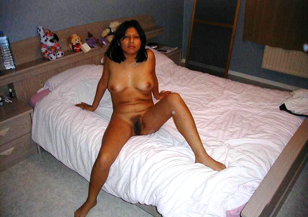 all nude desi woman bed