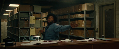 BlacKkKlansman.2018.720p.BluRay.LATiNO.ENG.DD5.1.x264-DON.mkv_snapshot_00.10.48.png