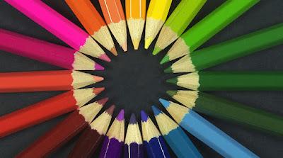 - تعلم استخدام التباين بين الألوان