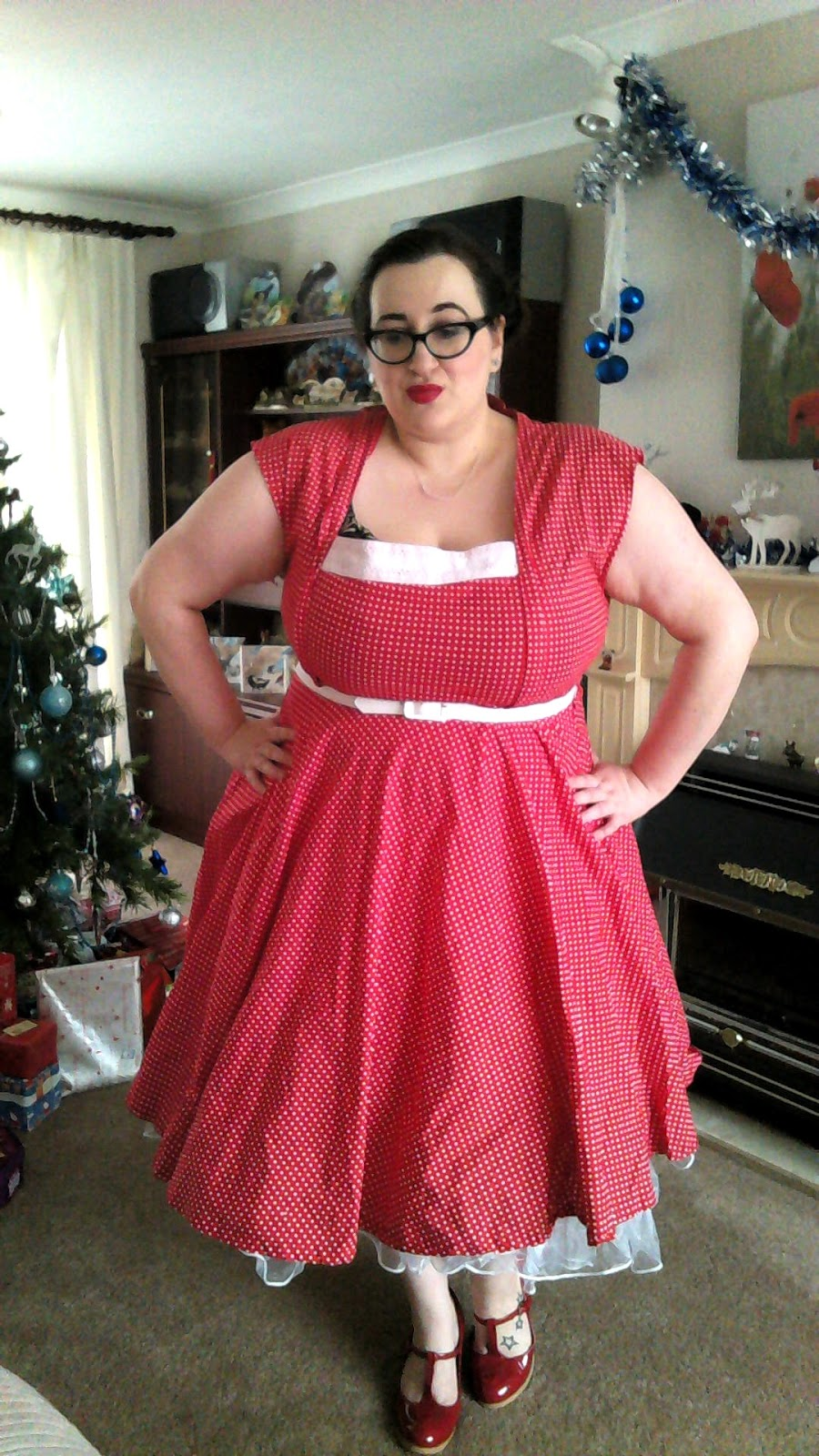 12 Days Of Christmas Dresses 1 Does My Blog Make Me