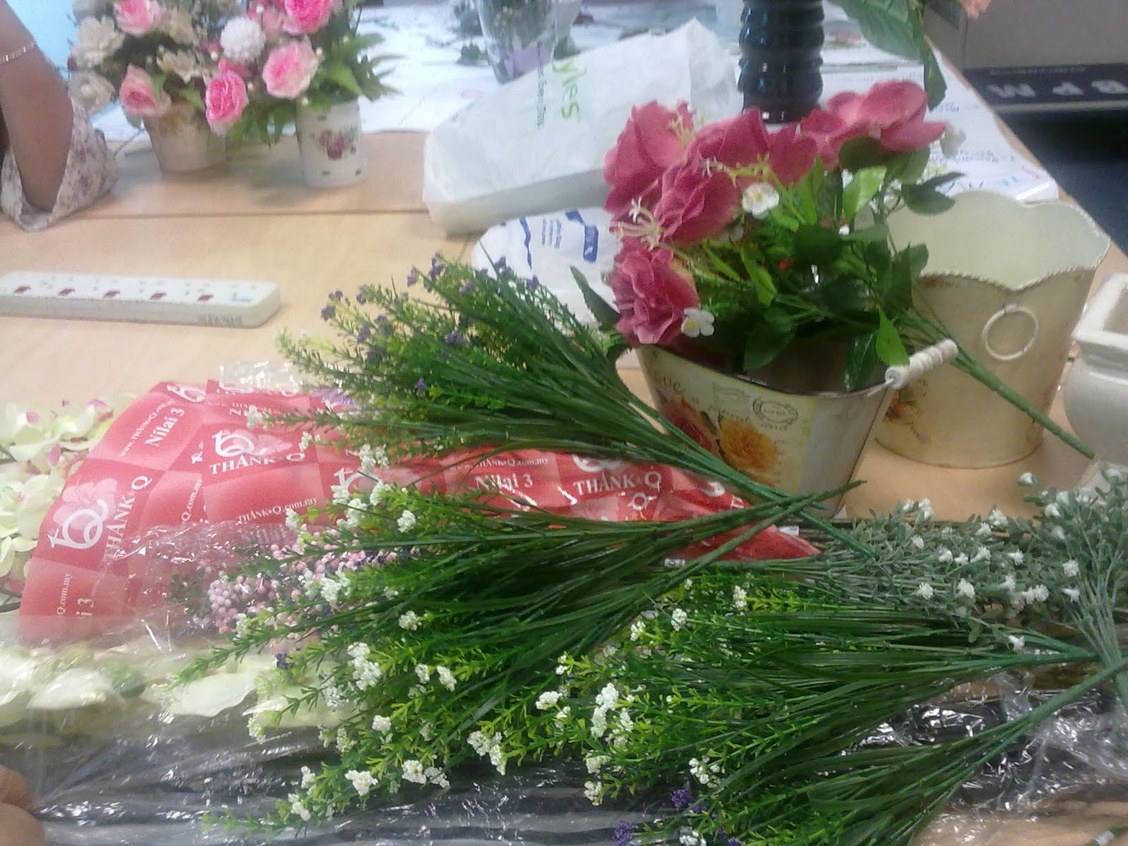 Mengubah Bunga Daisy Sudut Dinding Hiasan Ruang Tamu Sempat Lagi Orang Sebelah Tu Bersms Ya