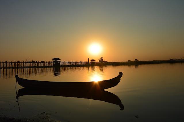 Coucher de soleil au pont U-Bein