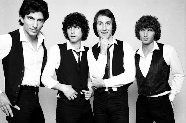 https://lousysong.com/2017/05/04/the-knack-my-sharona/