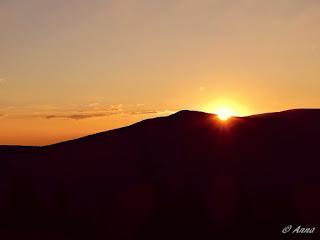 Zásnuby na horách při východu slunce
