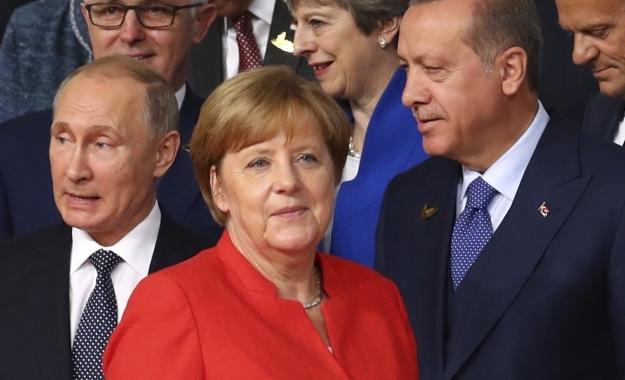 Ανοιχτό το ενδεχόμενο συνάντησης Μέρκελ - Ερντογάν μετά τις εκλογές