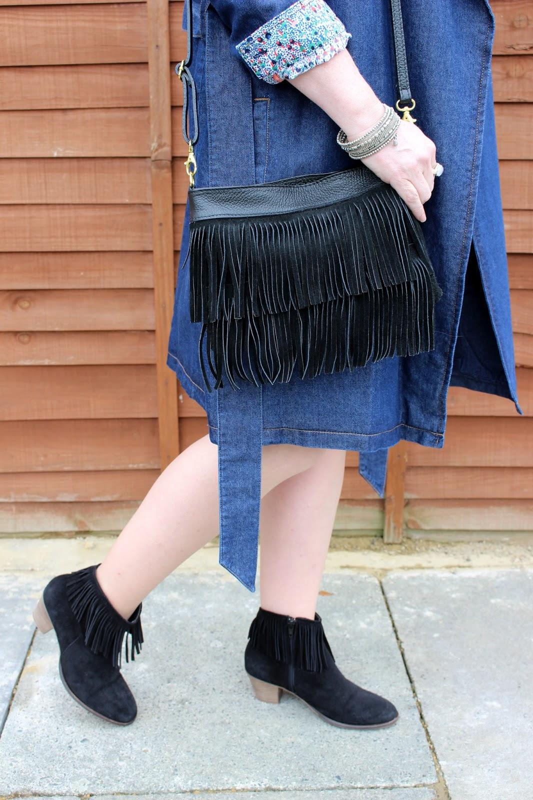 Petite Denim Trench, Suede Fringe Boots & Bag | Petite Silver Vixen