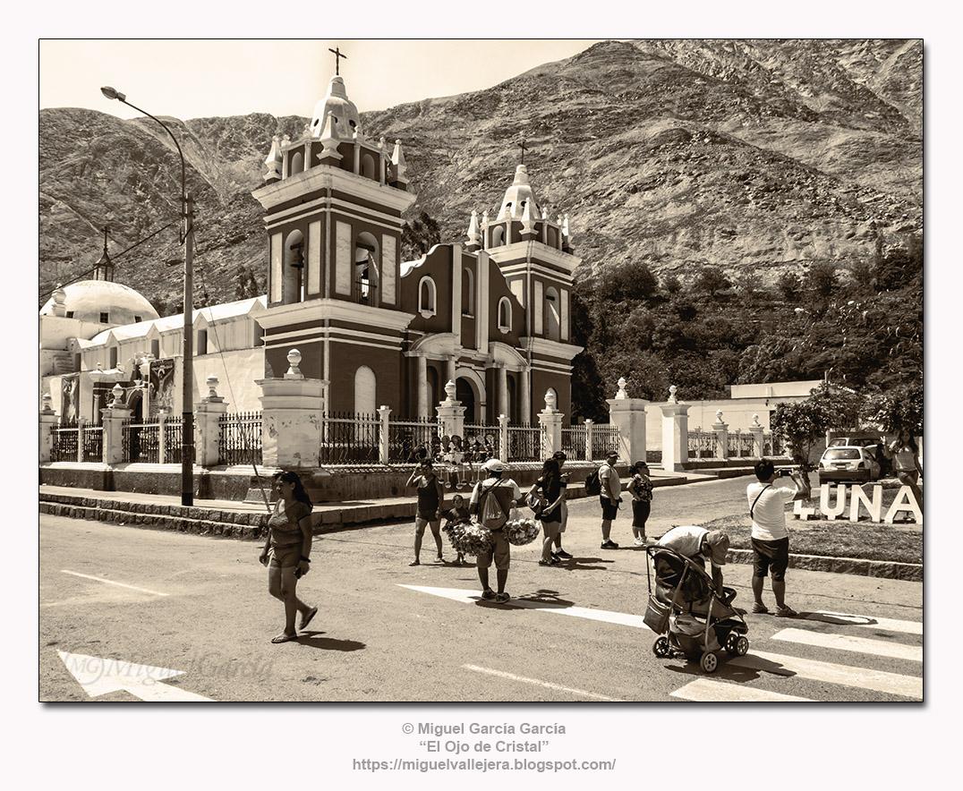 Lunahuaná, Iglesia de Santiago Apóstol.