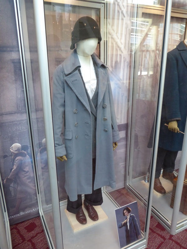 Fantastic Beasts Porpentina Goldstein movie costume