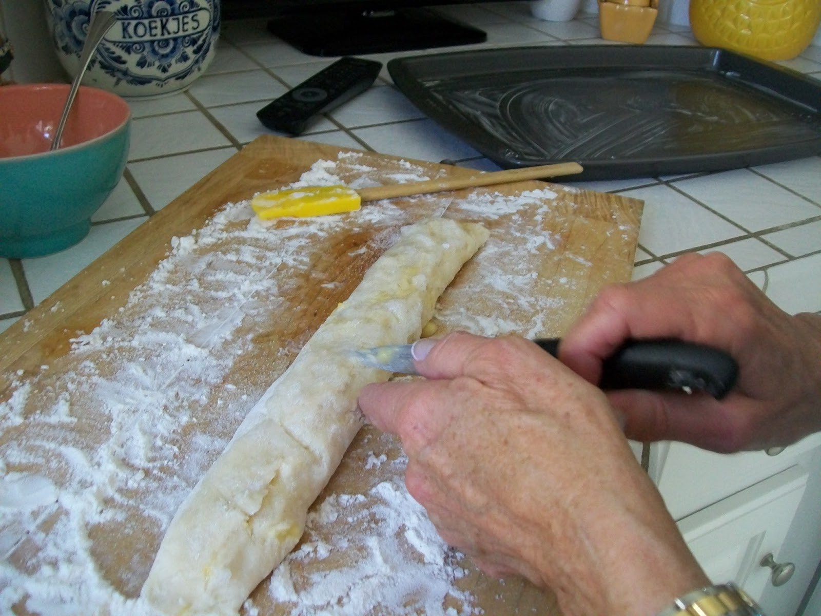 Michigan Cottage Cook HOW TO MAKE DUTCH BANKET WITH A