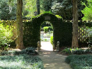 Maclay gardens arch florida
