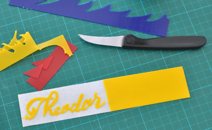 how to cut a lettered name of a wax plate