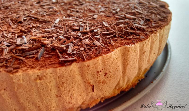 Deliciosa tarta mousse de café con chocolate