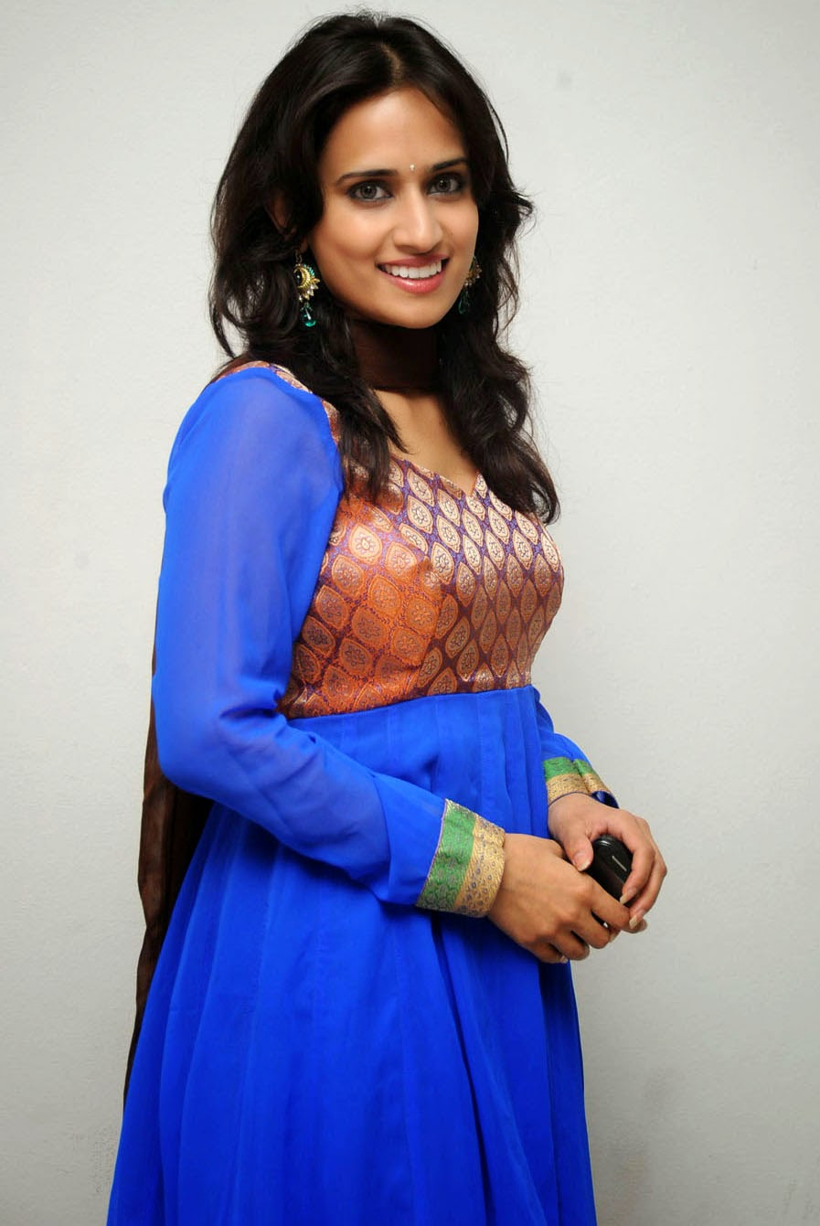 All Indian Beauties: Telugu Actress Chinmayi Ghatrazu