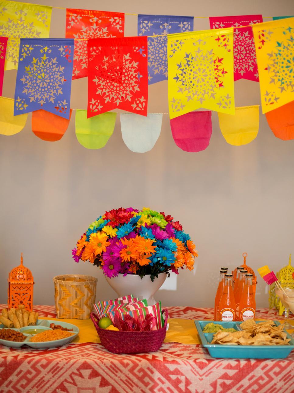 Festa infantil com tema Frida Kahlo - Guia Tudo Festa ...