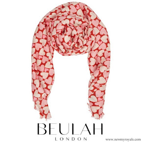 Kate Middleton wore Beulah London Kamala RedPink Scarf