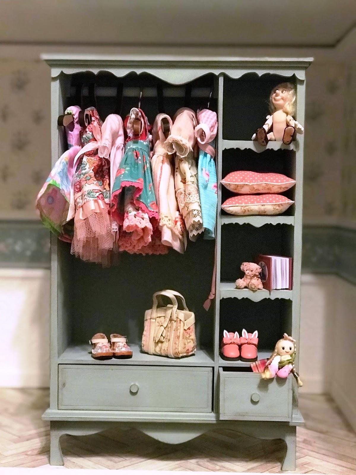only for wardrobe Fashion royalty Barbie 1:6 scale Dolls furniture big Wardrobe