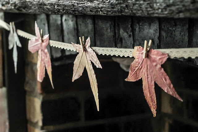 How to make an autumn leaves garland