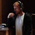 Lirik Lagu Avicii - SOS feat. Aloe Blacc dan Terjemahannya