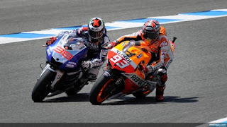 Marc Marquez Remehkan Jorge Lorenzo di Ducati