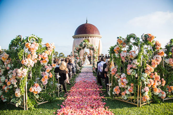 Outdoor Wedding Ceremony Flowers: The Best Wedding Receptions And Ceremonies Of 2012