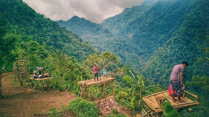 Lokasi Dan Rute Bukit Ternadi Kudus Dengan Gardu Pandang Keren