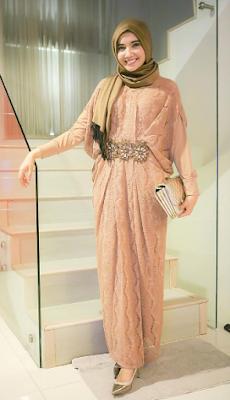 Model Baju Zaskia Sungkar Terbaru Gamis