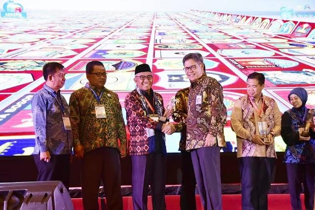Kota Depok Raih Peringkat Pertama Smart Sanitation Award 2018