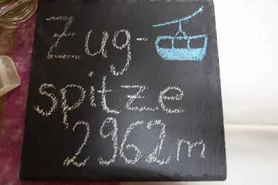 Tischkarte, Trachtenhochzeit in den Bergen von Bayern, Riessersee Hotel Garmisch-Partenkirchen, Wedding in Bavaria