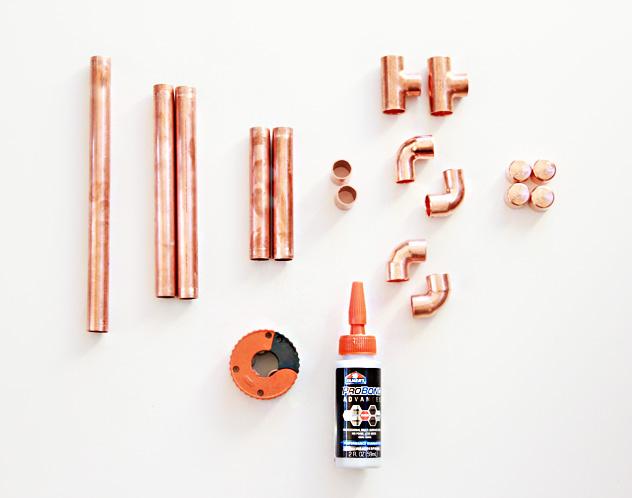 a bubbly life diy copper pipe ipad holder. Black Bedroom Furniture Sets. Home Design Ideas