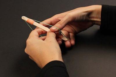 Membuat Kerajinan Tangan Dari Stik Es Krim Kazoo