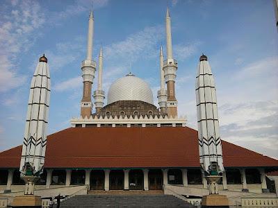 9 Pilihan Tempat Buat Kamu Menyatakan Cinta Di Semarang!