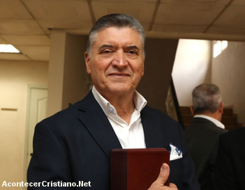 Pastor hondureño Evelio Reyes