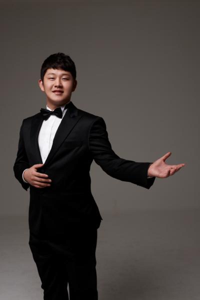 MoeKyuna ♥ !: Bezdomny chłopak podbija Koreańskie Mam Talent. Niesamowita historia Choi Sung-Bong.
