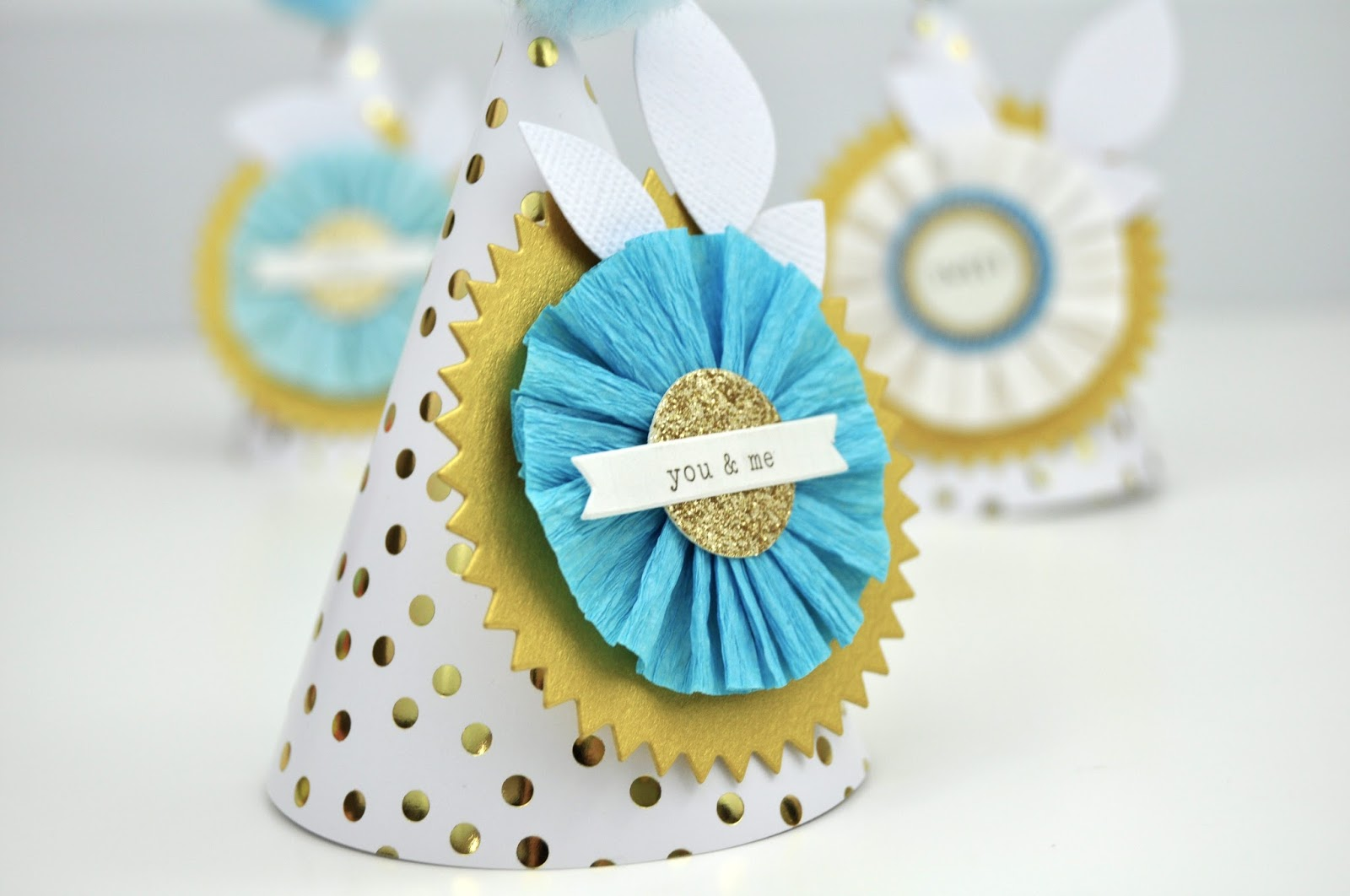 How to create Mini Birthday Hats. Tutorial on small birthday hats. Scrapbook and Cards Today Magazine mini hats tutorial.