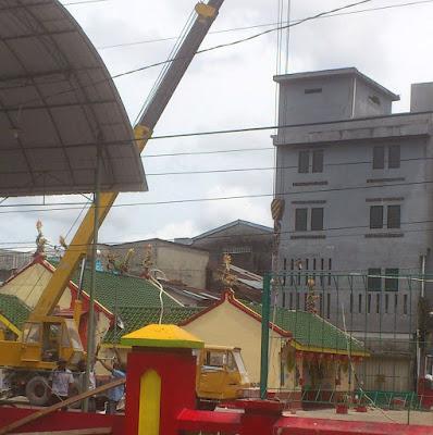 gambar Pembuatan patung Naga Kelenteng Hok Tek Che Belitung