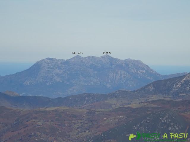 Vista de la Sierra del Sueve desde el Praera