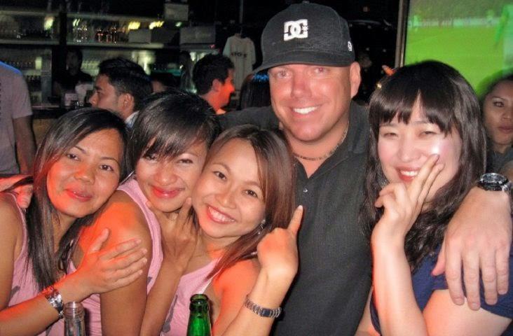 sexy patong bar girls having sex