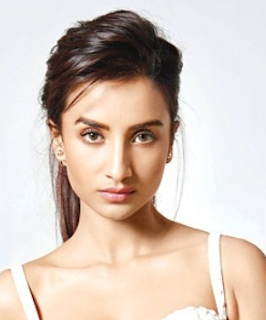 Patralekha Hot Actress, in love games, biography, bikini, city lights, photo, upcoming movies, hot photos, hot images, images, kiss, movies list, pics, twitter, hot video, wiki